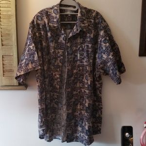 Columbia casual button down shirt